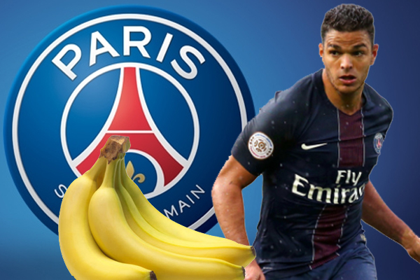 هدَّد وكيل اللاعب حاتم بن عرفة بالبقاء في باريس سان جيرمان ضد رغبة إدارة النادي الفرنسي