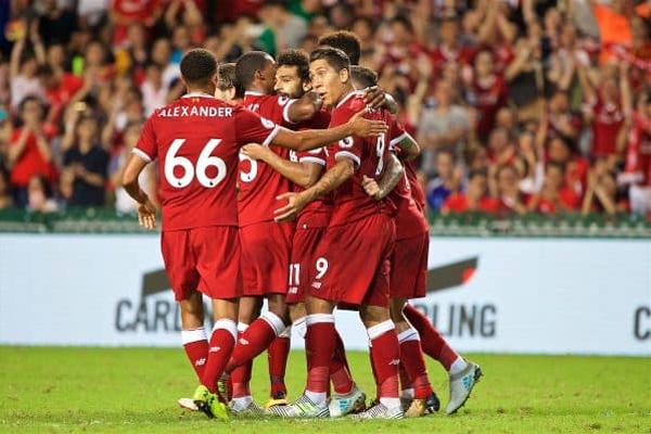 قاد المصري محمد صلاح والبرازيلي فيليبي كوتينيو فريقهما ليفربول للفوز بكأس الدوري الممتاز في آسيا