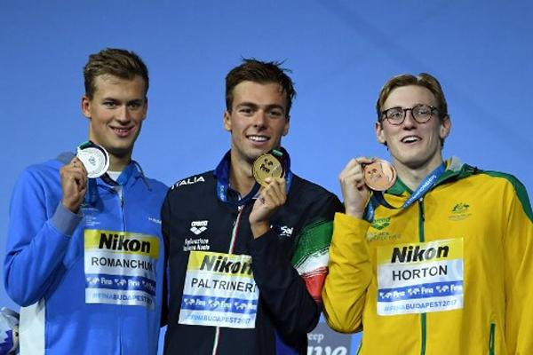 احتفظ الايطالي غريغوريو بالترينييري الاحد بذهبية سباق 1500 م حرة