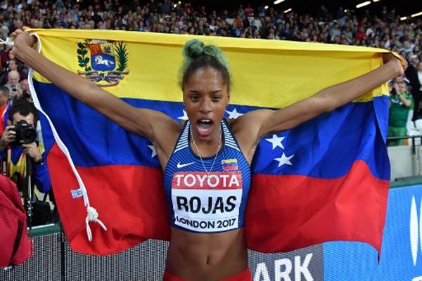 احرزت الفنزويلية يوليمار روخاس ذهبية الوثبة الثلاثية