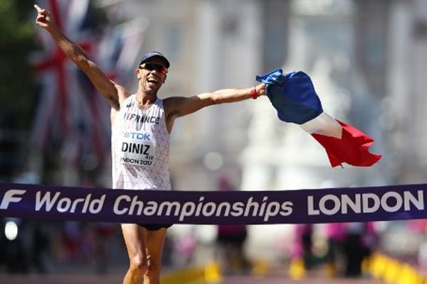 أحرز الفرنسي يوهان دينيز حامل الرقم القياسي العالمي، ذهبية سباق 50 كلم مشيا
