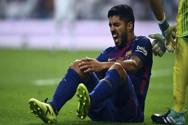 نكسة جديدة لبرشلونة بإصابة لسواريز تبعده شهرا
