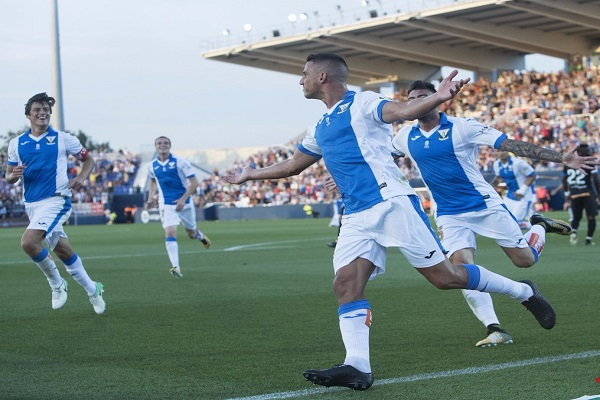 فوز ليغانيس على الافيس في افتتاح الدوري الإسباني