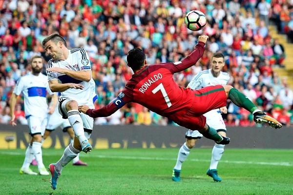 رونالدو يحرز الهدف الذي طالما حلم بتسجيله