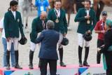 أحرزت السعودية ذهبيتها الأولى في دورة الألعاب الآسيوية المقامة في اندونيسيا بتتويجها في مسابقة قفز الحواجز