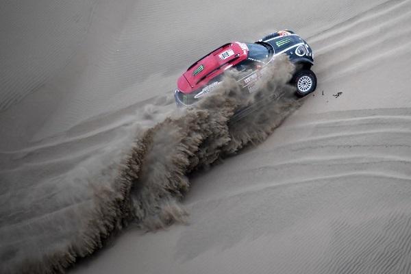 منظمو رالي دكار يريدون إقامة سباق في الجزائر