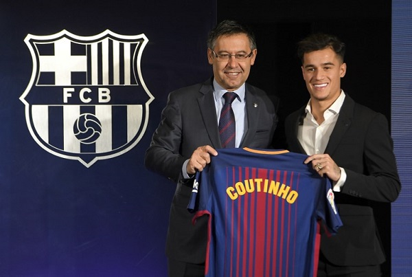 كوتينيو حقق حلم قميص برشلونة ويبدأ البحث عن الألقاب