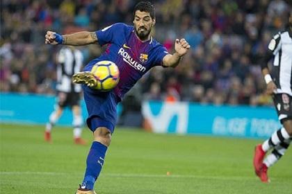 سواريز يتخطى إيتو في قائمة هدافي برشلونة التاريخيين