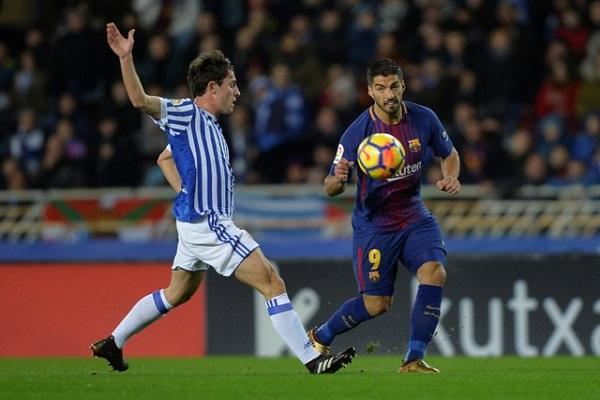 برشلونة يتجنب هزيمة أولى في مختلف المسابقات