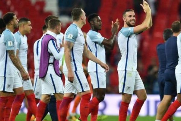 منتخب إنجلترا سيلاقي هولندا وإيطاليا قبل نيجيريا وكوستاريكا