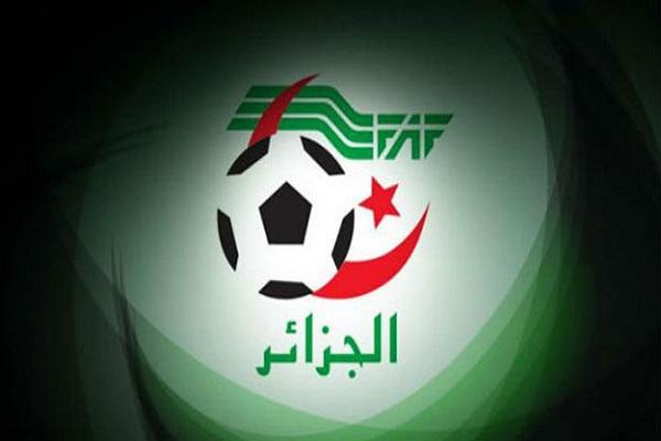 إتحاد القدم الجزائري يدفع متأخرات ناديين لتجنب عقوبات من الفيفا