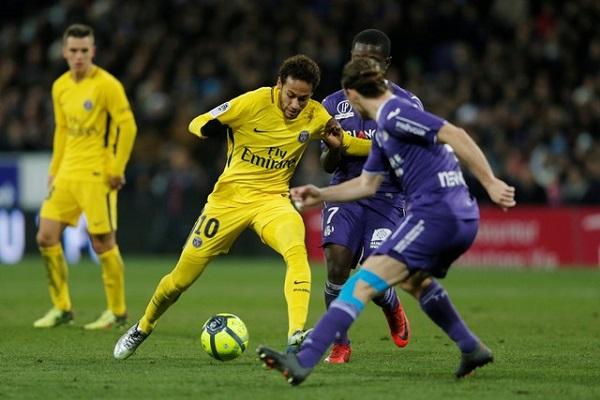 سان جرمان يستعد لريال مدريد بفوز صغير على تولوز