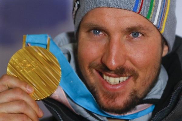 النمسوي هيرشر يتوج مسيرته بذهبية في التزلج الألبي