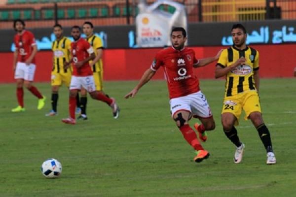الأهلي يبتعد في صدارة الدوري المصري بفارق 12 نقطة