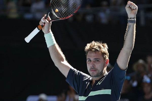 بلغ السويسري ستانيسلاس فافرينكا المصنف اول الدور نصف النهائي لدورة صوفيا في كرة المضرب، بتغلبه الجمعة على الصربي فيكتور ترويسكي 6-1 و7-6 (7-3) في غضون ساعة و25 دقيقة.