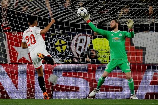 دي خيا ينقذ مانشستر يونايتد من الهزيمة