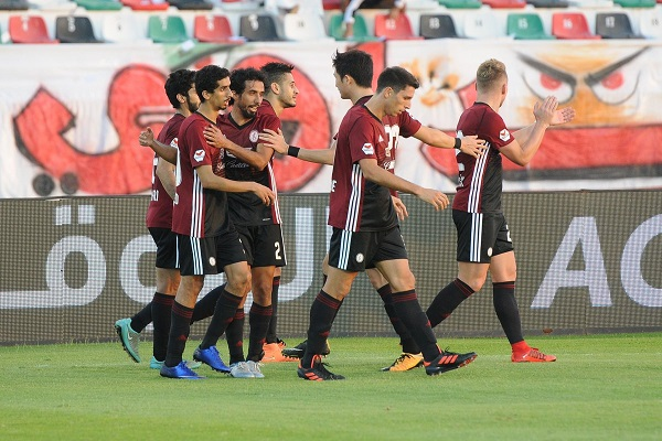 أول إستخدام لتقنية الفيديو في الدوري الإماراتي ينصف الوحدة