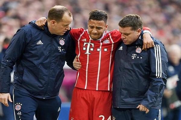 توليسو لاعب بايرن ميونيخ يعاني من كدمة حادة في قصبة الساق