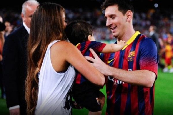 ميسي يرزق بصبي ثالث من زوجته أنتونيلا روكوزو