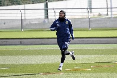 ميسي يعاود التدريبات مع المنتخب الأرجنتيني