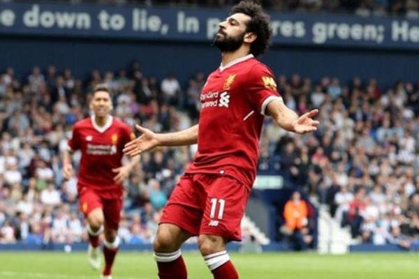 محمد صلاح أول لاعب عربي وأفريقي يفوز بجائزة أفضل لاعب من رابطة الكتاب الرياضيين