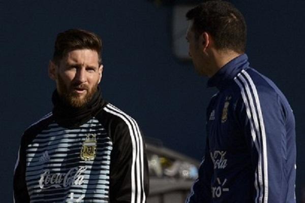 ميسي يلتحق بتدريبات المنتخب الارجنتيني