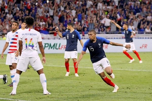 فرنسا تتفادى الخسارة أمام الولايات المتحدة