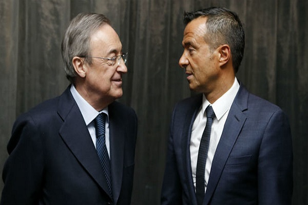 رئيس ريال مدريد يطلب عقد اجتماع عاجل بوكيل رونالدو