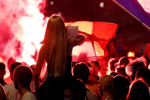 تدافع خلال احتفالات في نيس الفرنسية يؤدي لجرح 30 شخصا