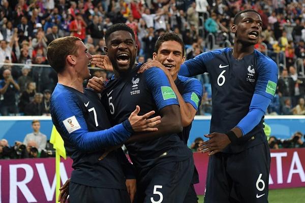 الصحف الفرنسية تحيي إنجاز منتخب