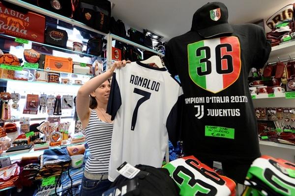 حمى رونالدو تجتاح مدينة تورينو الإيطالية