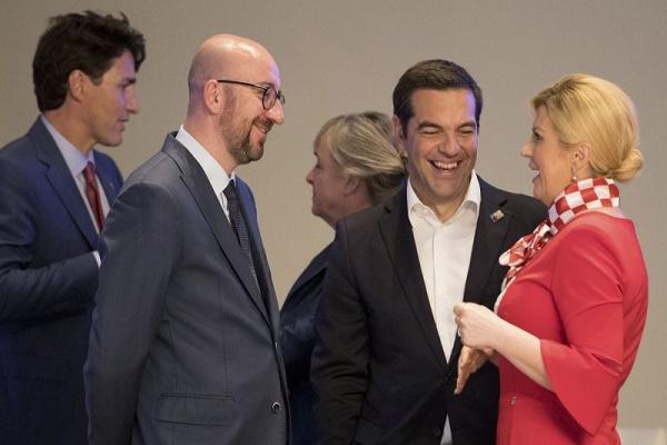 رئيسة كرواتيا تحتفي بالصعود للنهائي في قمة لحلف الناتو