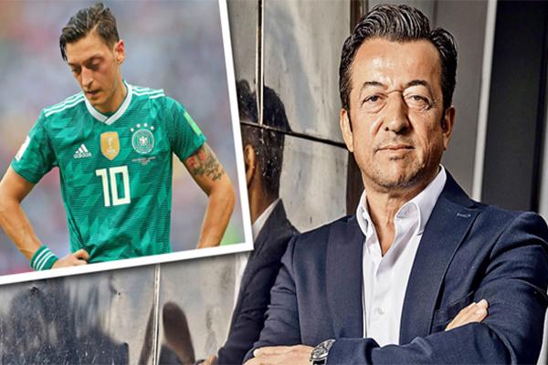 عبّر والد اللاعب الألماني مسعود أوزيل عن حزنه للمنعطف الجديد الذي اتخذه نجله في مساره الرياضي