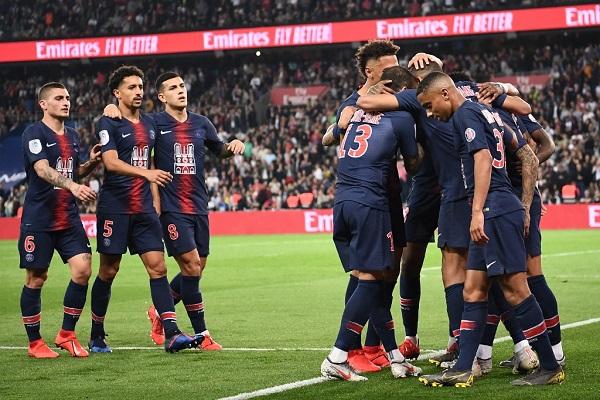 باريس سان جرمان بلقبه بطلا للدوري الفرنسي