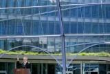 رئيس اللجنة الأولمبية الدولية الألماني توماس باخ يلقي خطابا خلال افتتاح المقر الجديد للجنة الدولية في لوزان. 23 حزيران/يونيو 2019