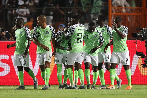 نيجيريا تصعق جنوب أفريقيا في الوقت القاتل وتبلغ الدور نصف النهائي