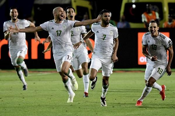 محرز يقود الجزائر الى النهائي بعد 29 عاما من الانتظار