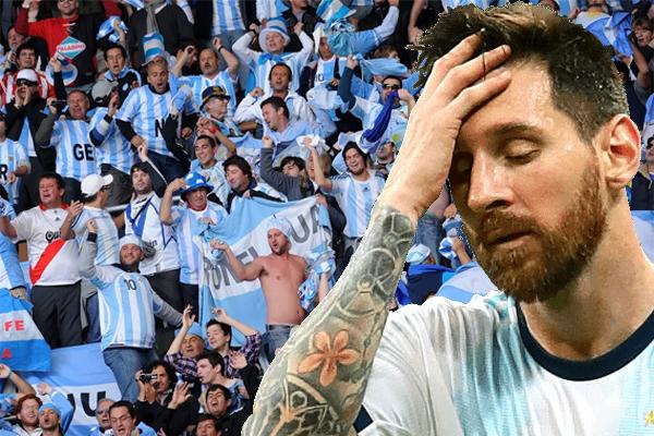 أعادت الخسارة المفاجئة أمام كولومبيا إلى طرح قضية تواجد ميسي في صفوف المنتخب الأرجنتيني