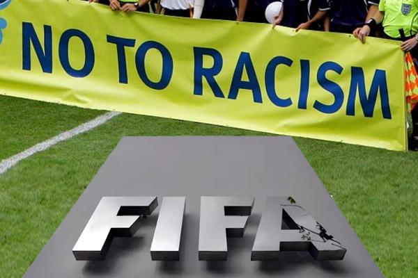 الفيفا يؤكد بان المباريات التي تتوقف بسبب العنصرية سيخسرها المتسبب بها