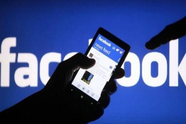 فيسبوك بالغت في تقدير نسب مشاهدات الفيديو على مدى عامين
