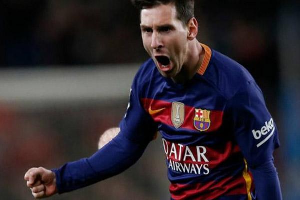 ليونيل ميسي مهاجم فريق برشلونة