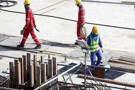 وفاة عامل بريطاني في إنشاءات استاد خليفة الدولي بالدوحة