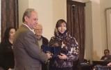 أميمة الخميس تفوز بجائزة نجيب محفوظ للأدب
