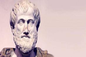 أرسطو يمكن أن يساعد على اتخاذ قرارات مسؤولة ومراجعة الذات لبناء حياة هانئة