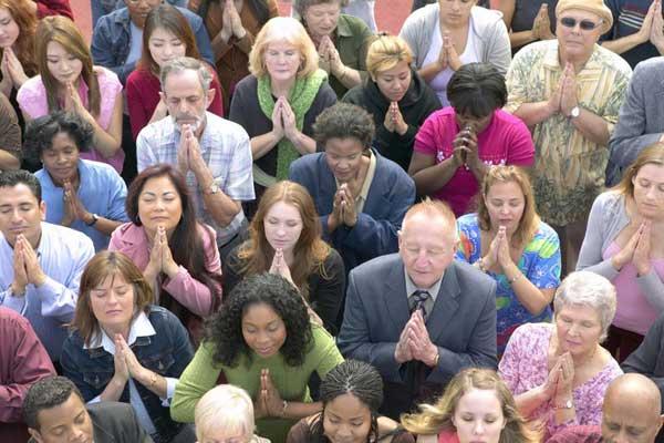 الإيمان الديني يمنح اليوم مجتمعات كاملة طريقةً لتصور موقعها في العالم