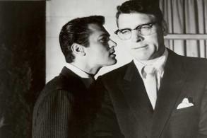 طوني كيرتس وبورت لانكستر في فيلم
