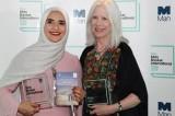 جدل حول فوز الكاتبة العمانية (المحجبة) بجائزة (المان بوكر)!!