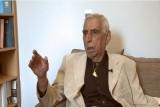 الإعلامي فخري كريم يروي تحولات الشاعر سعدي يوسف
