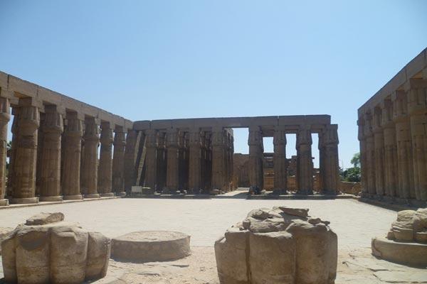 الآثار المصرية في الأقصر من دون سياح ـ عدسة إيلاف