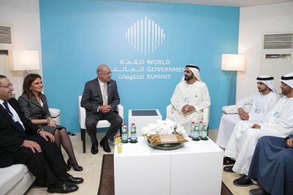 محمد بن راشد يستقبل رئيس الوزراء المصري على هامش القمة العالمية للحكومات